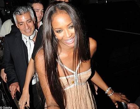 Naomi Campbell stempiata