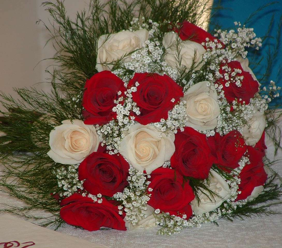 Bouquet sposa i fiori pi belli foto matrimonio for Quadri con rose rosse