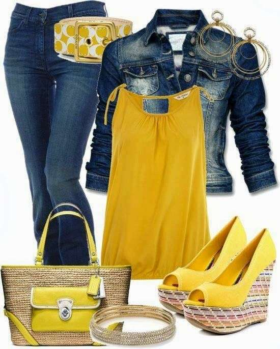 Look in denim con accessori gialli