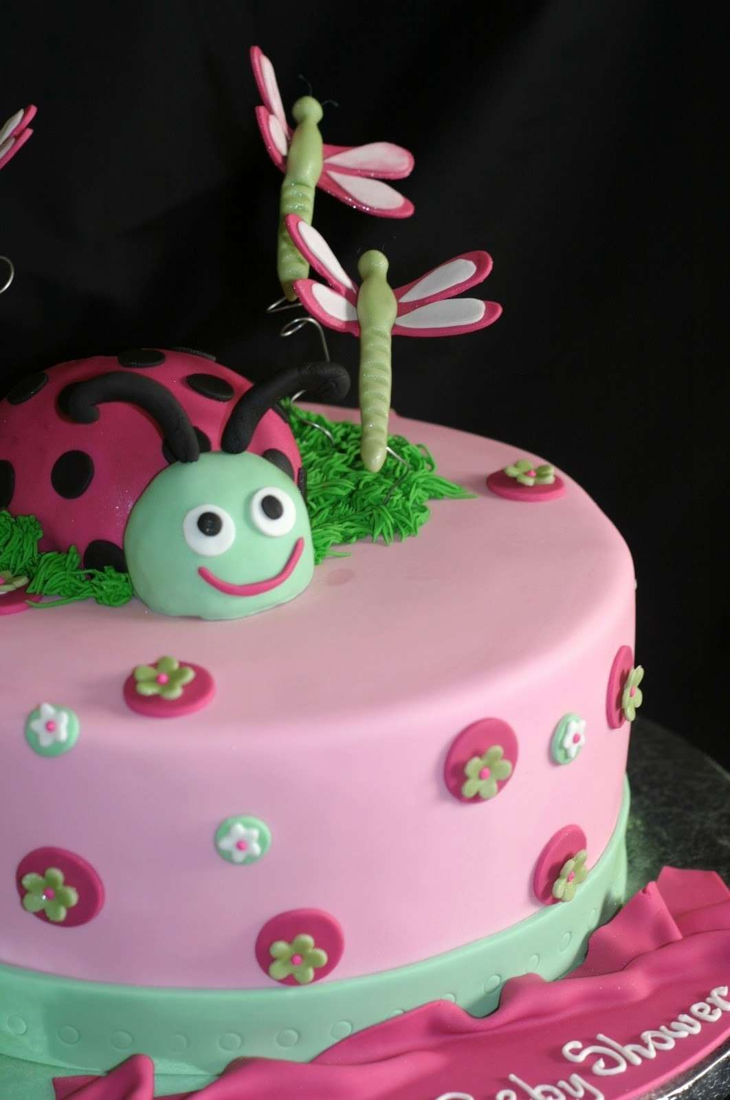 Come decorare le torte foto 6 40 ricette pourfemme for Decorazioni torte ladybug