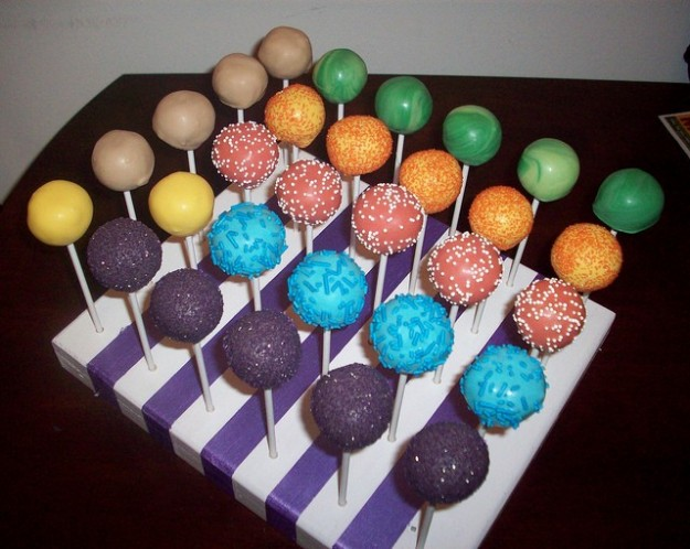 Cake pops colorati