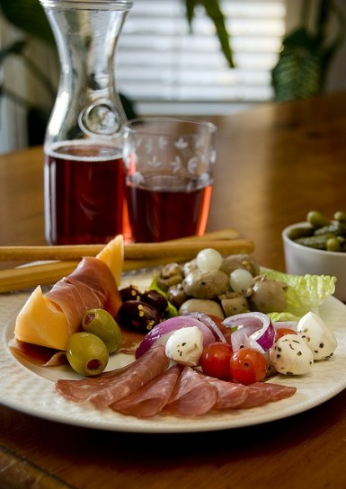 Antipasto con sottaceti