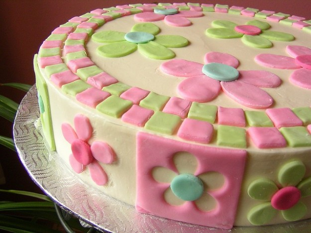 Festa della mamma: torta con i fiori [FOTO]