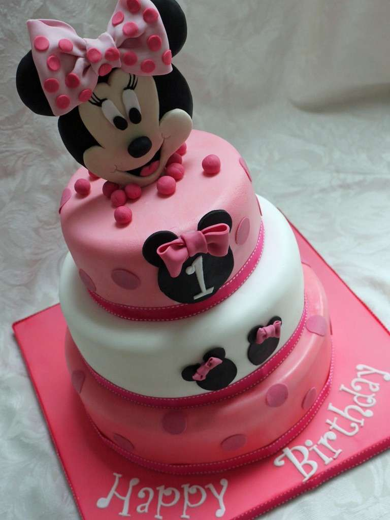 idee decorazioni torte di minnie foto 20 40 ricette. Black Bedroom Furniture Sets. Home Design Ideas