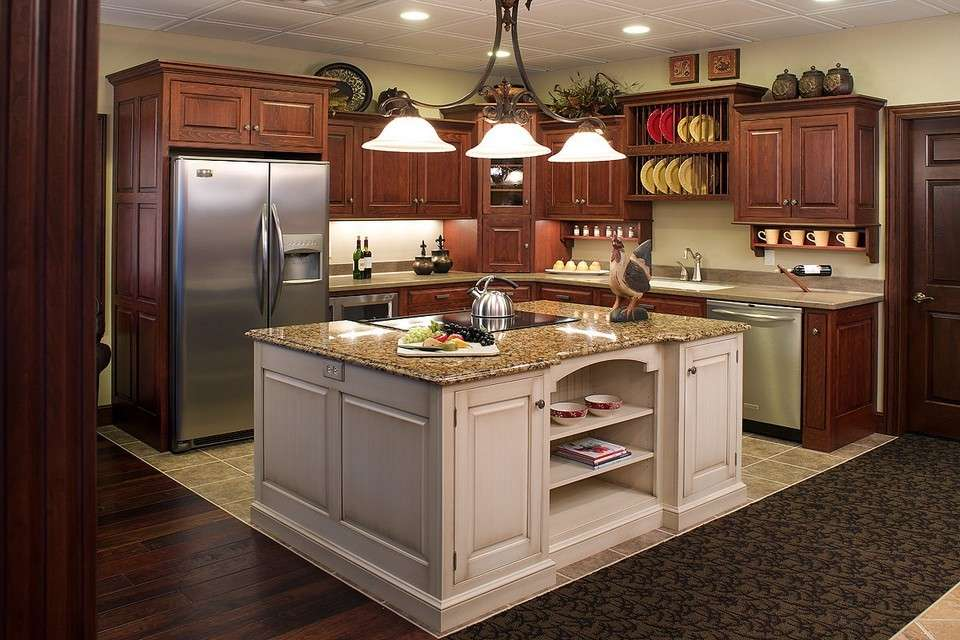 Awesome Cucina Rustica Con Isola Pictures - Ideas & Design 2017 ...