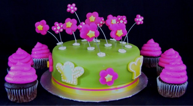 Torta con cupcakes