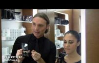 Trucco occhi bronze, il video tutorial con Michele Magnani di Mac Cosmetics