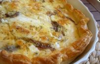 Quiche di mozzarella e alici