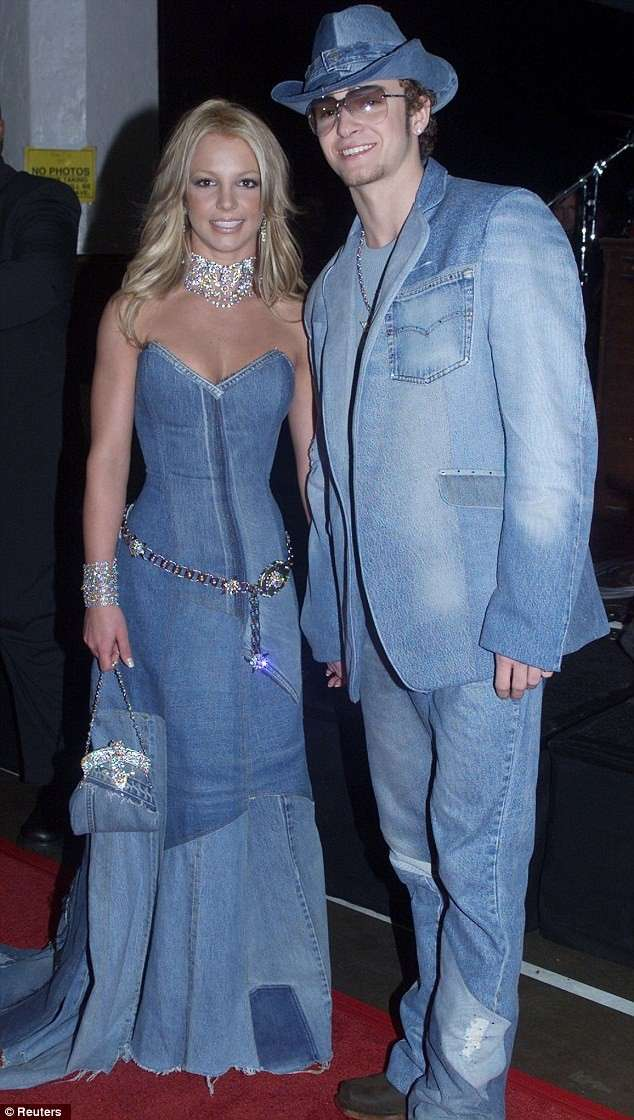 Coppia in jeans