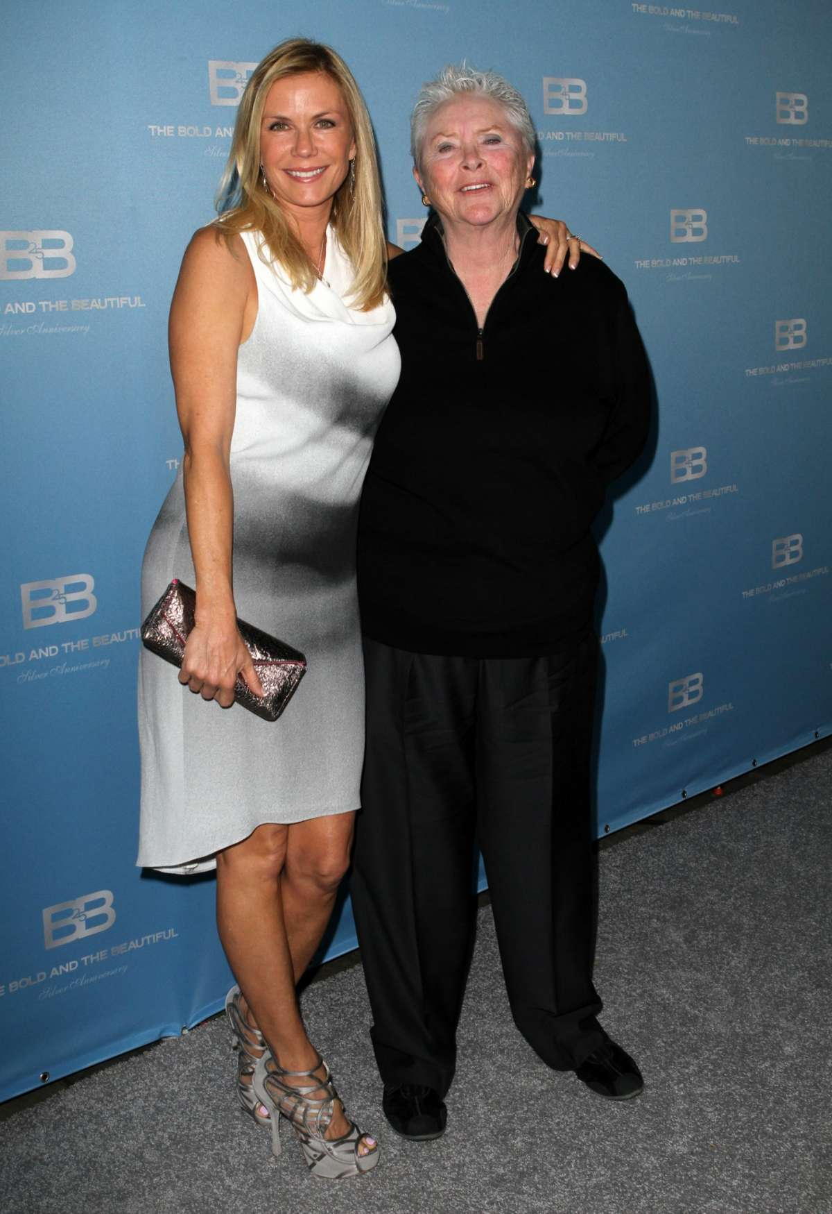 Brooke e Stephanie al 25esimo anniversario di Beautiful nel 2012 a Los Angeles
