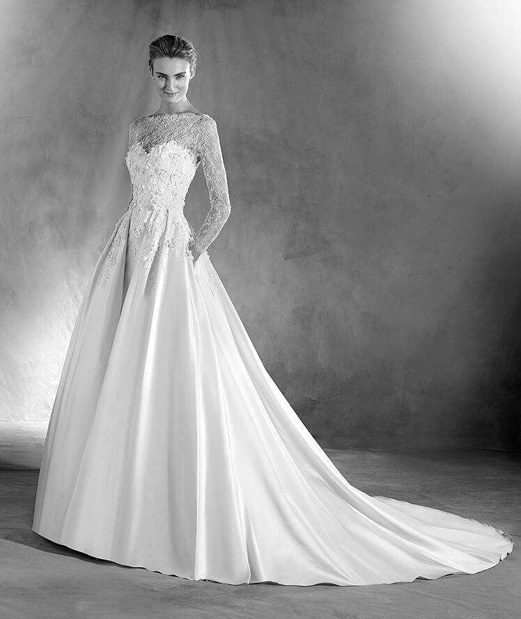 Abito in pizzo chantilly Pronovias