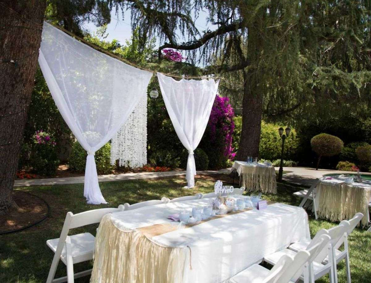 Decorazioni per le nozze all 39 aperto foto matrimonio for Decorazioni piscina