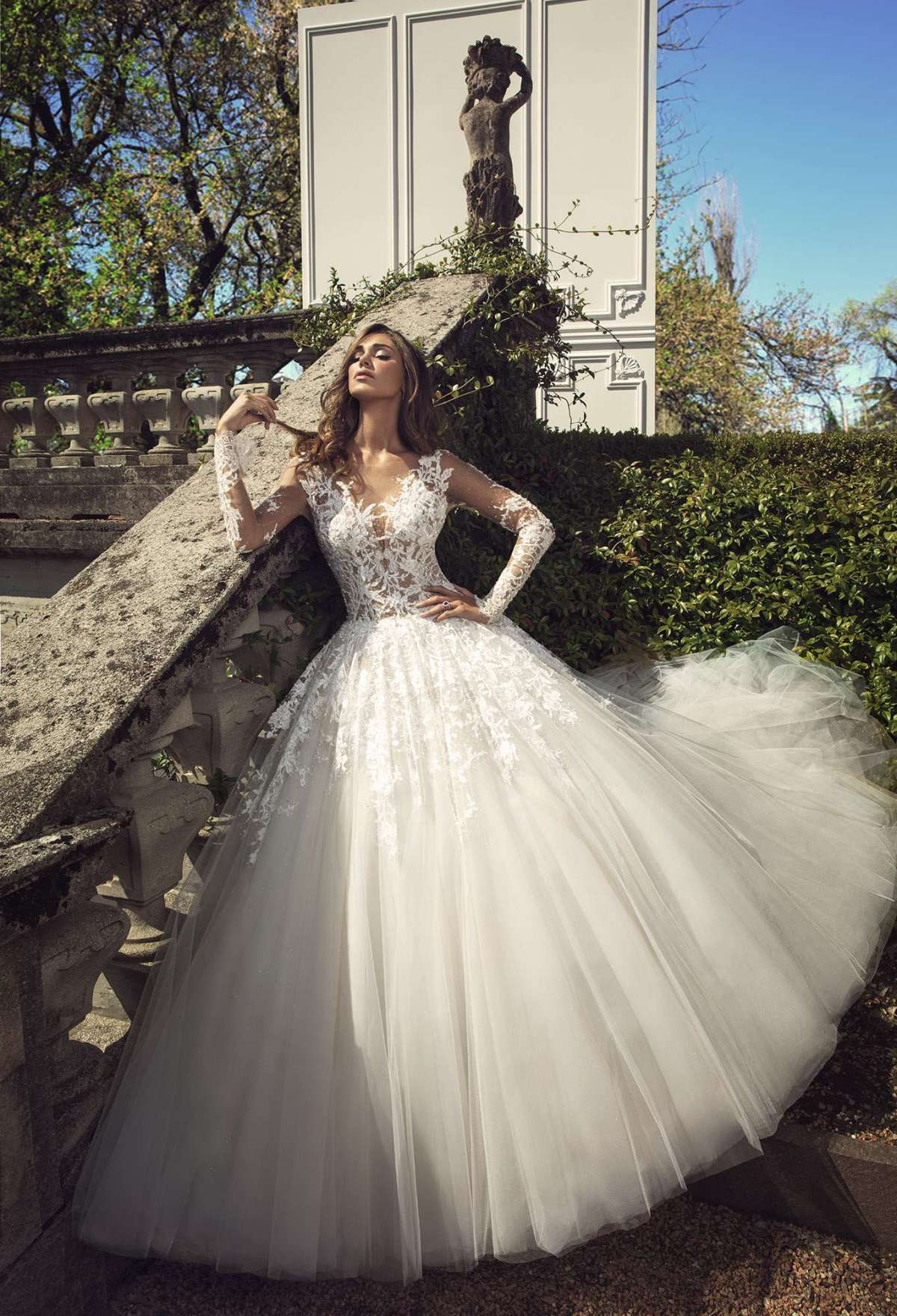 Abito da sposa con gonna in tulle