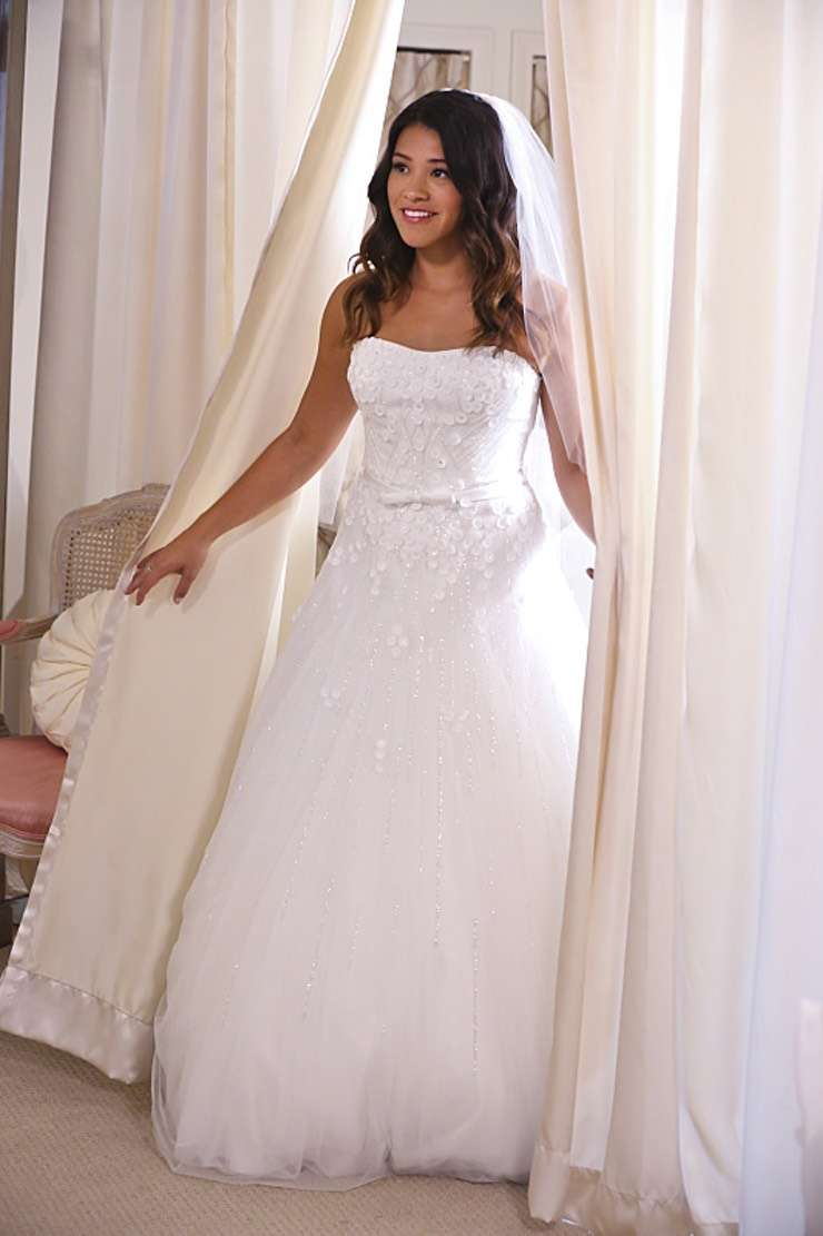 L'abito da sposa di Jane in Jane The Virgin