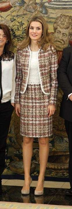 Tailleur in tweed per Letizia