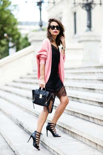 Minidress e cardigan rosa