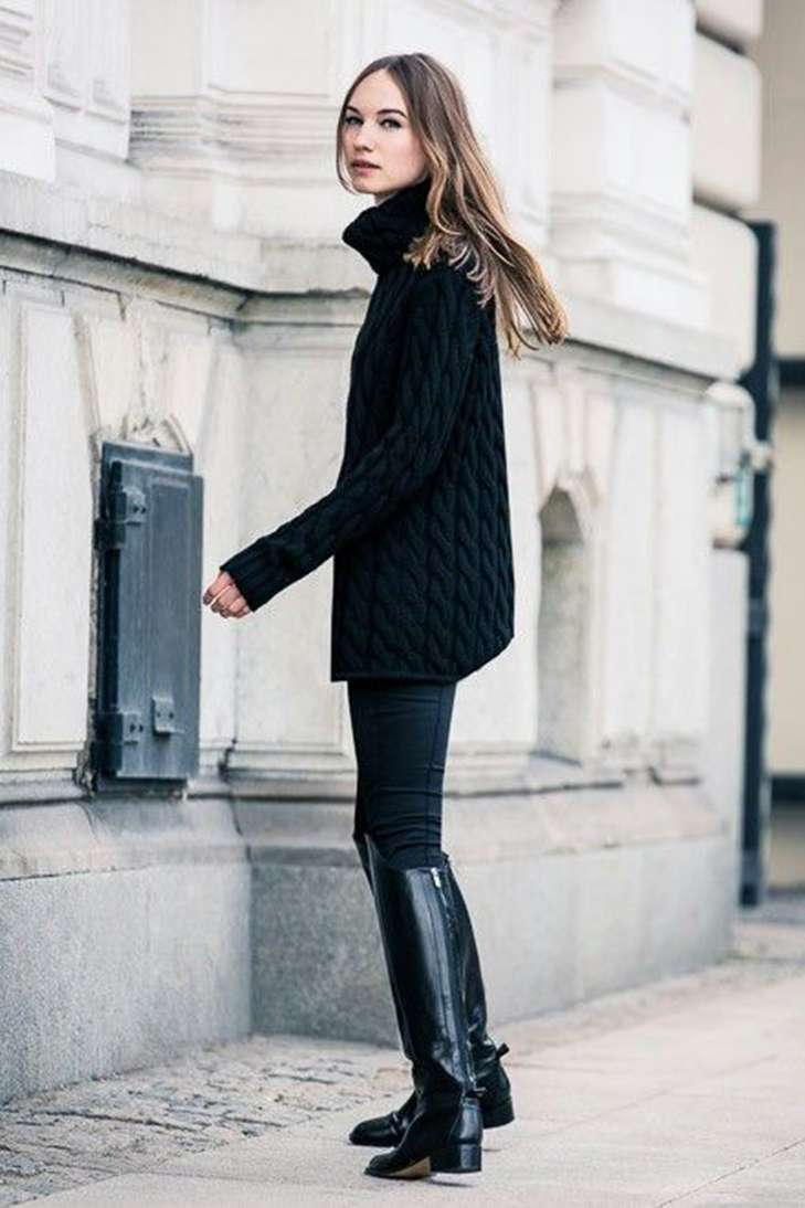 Look in total black con riding boot