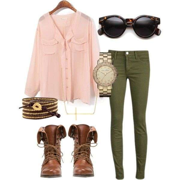 Look casual chic con camicia rosa