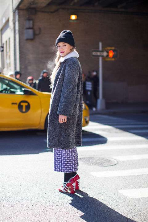Cropped pants e cappotto oversize