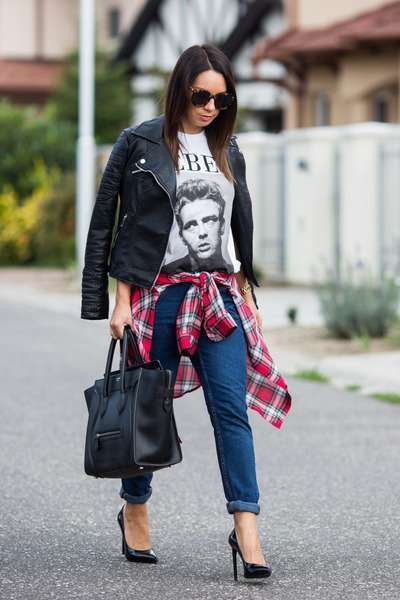 Look in stile punk con chiodo di pelle