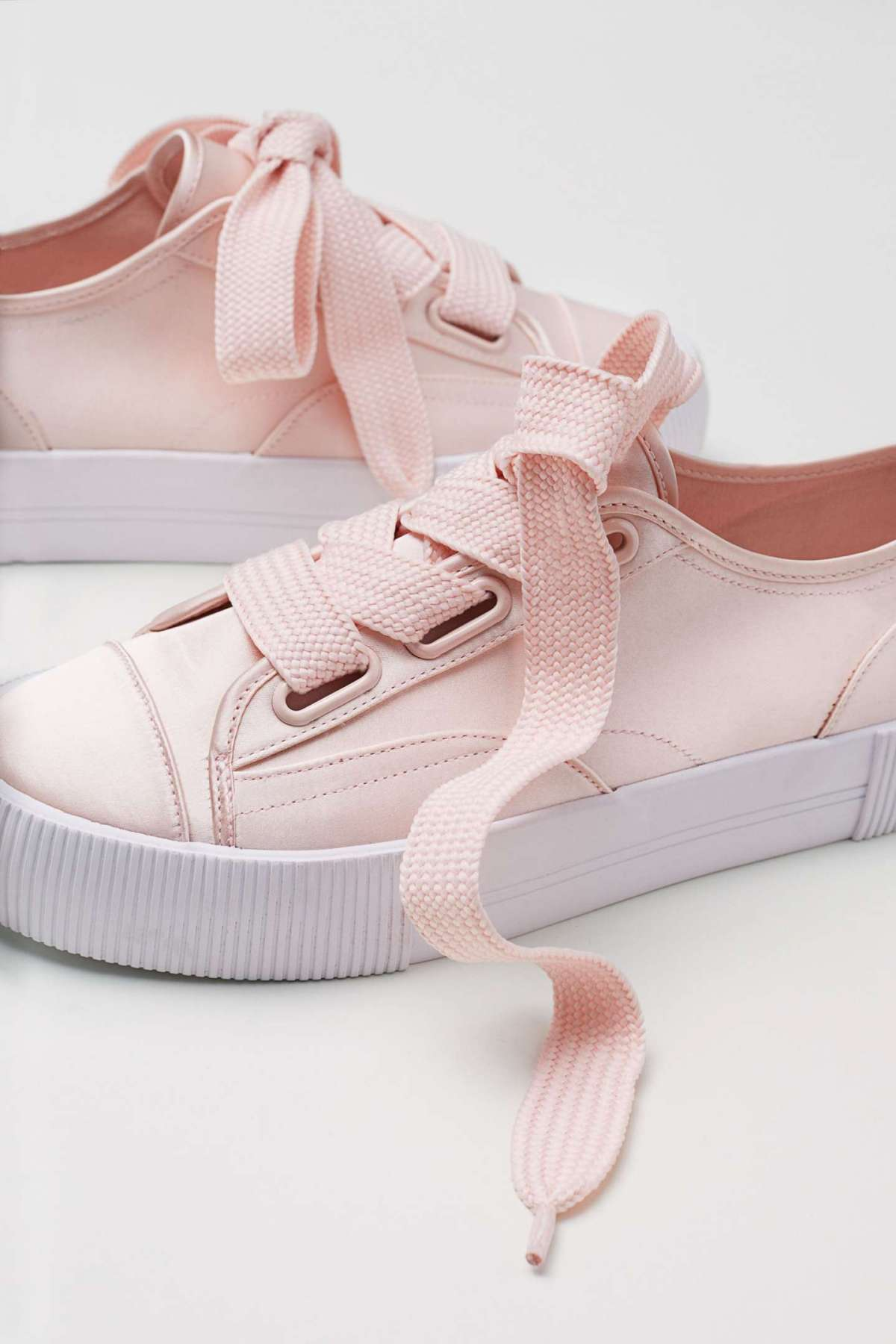 Sneakers H&M a 29,99 euro