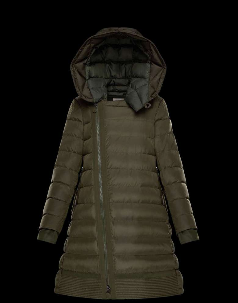 new styles 732a7 85f43 Catalogo Moncler Autunno Inverno 2017 2018 (Foto) | PourFemme