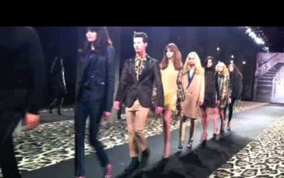 La sfilata Just Cavalli per la Milano Fashion Week A/I 2012-13 [Video]